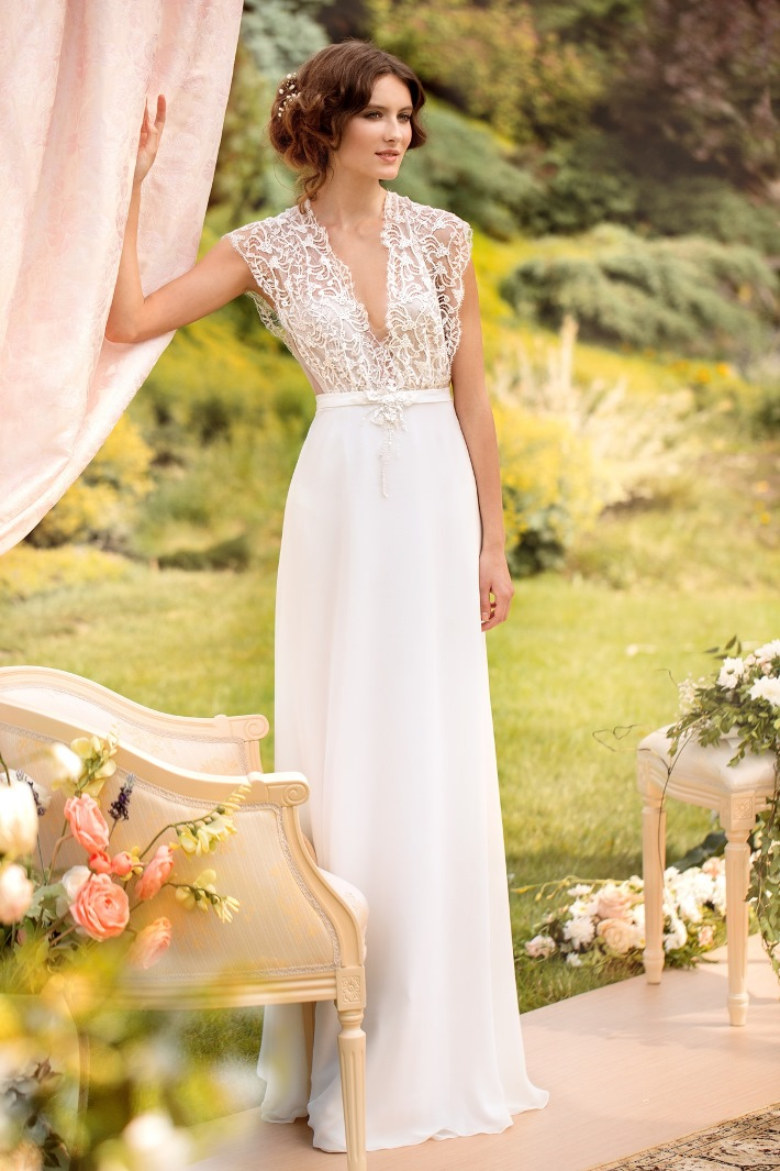 Check Our City Hall Wedding Dress Inspiration For Stylish Brides