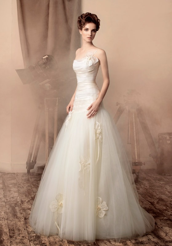 Hollywood Chic Wedding Dress Charming Old Inspired