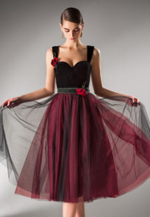 Style #408, available in black-burgundy