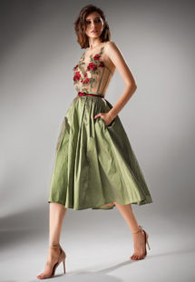 Style #423, available in green