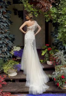 Style #19-2000, available in ivory