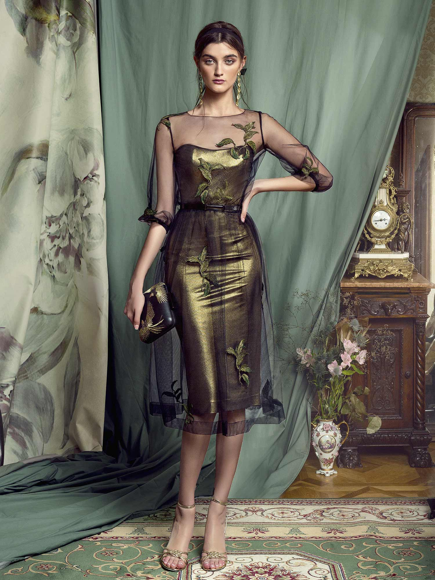 Style #443, available in gold-black