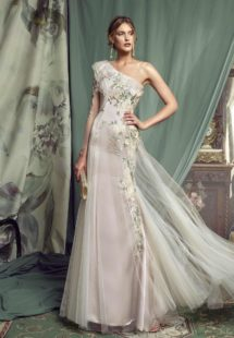 Style #470, available in pink-ivory, ivory-powder