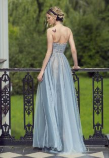 Style #475, available in grey-blue