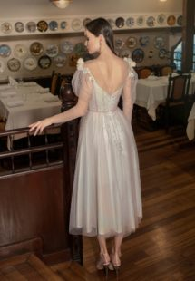 Style #626a, available in ivory-powder, ivory-blue
