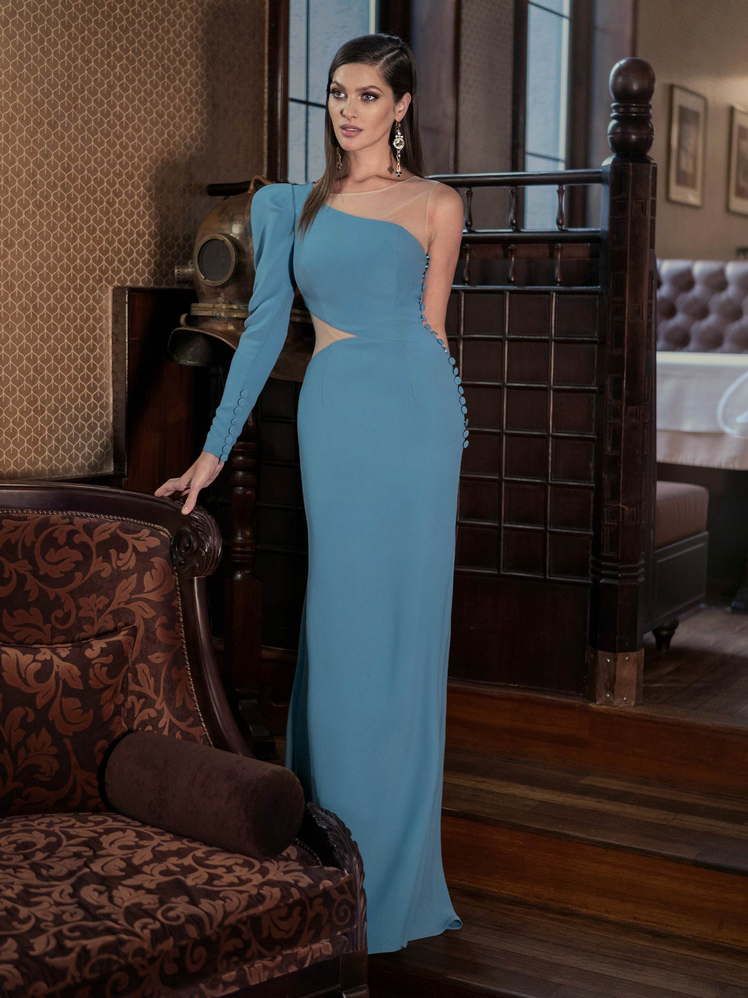 Style #627, available in pink, black, ivory, lilac, lilac-brown, red, dark blue, turquoise, cornflower, khaki